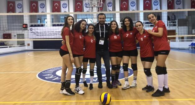 Yüksekokulumuzun Kadın Voleybol Takımı İlk Maçını Oynadı.